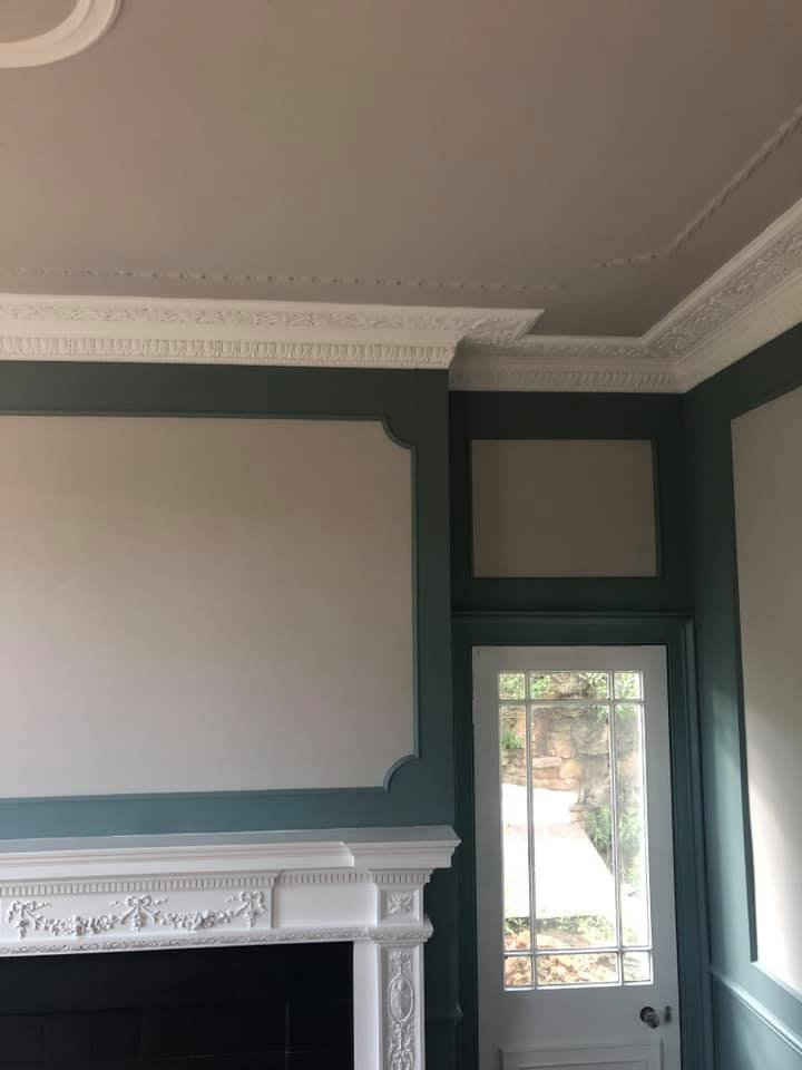 Walls and coving decorated
